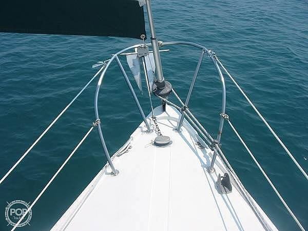 1972 Columbia boat for sale, model of the boat is 28 & Image # 10 of 17
