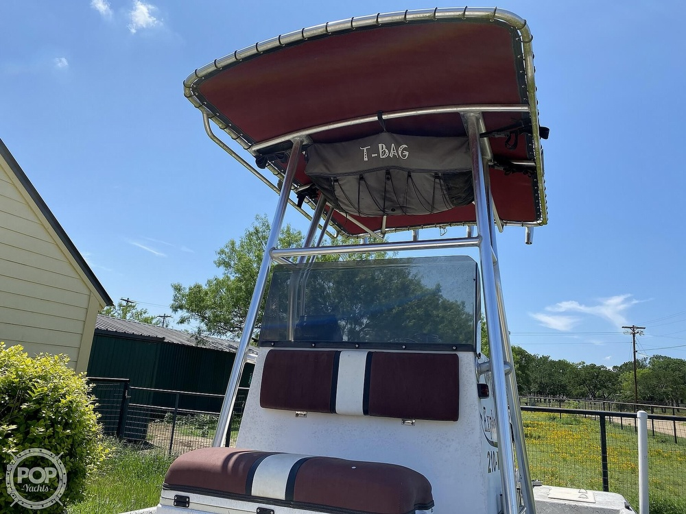 2005 Explorer boat for sale, model of the boat is 210 Tunnel Vee & Image # 21 of 40