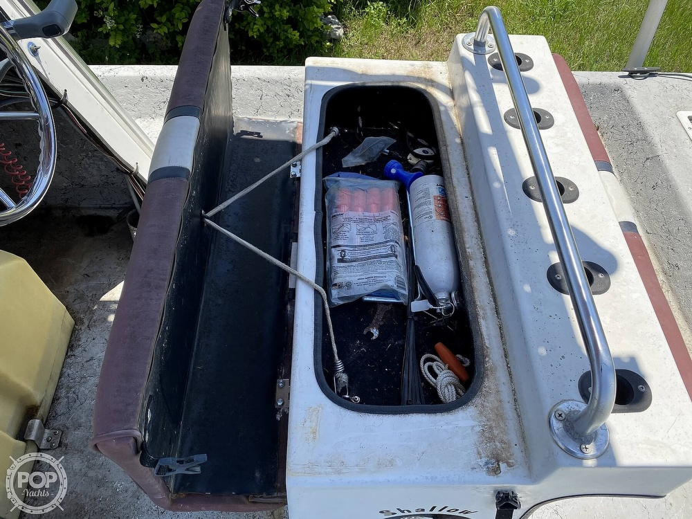 2005 Explorer boat for sale, model of the boat is 210 Tunnel Vee & Image # 36 of 40