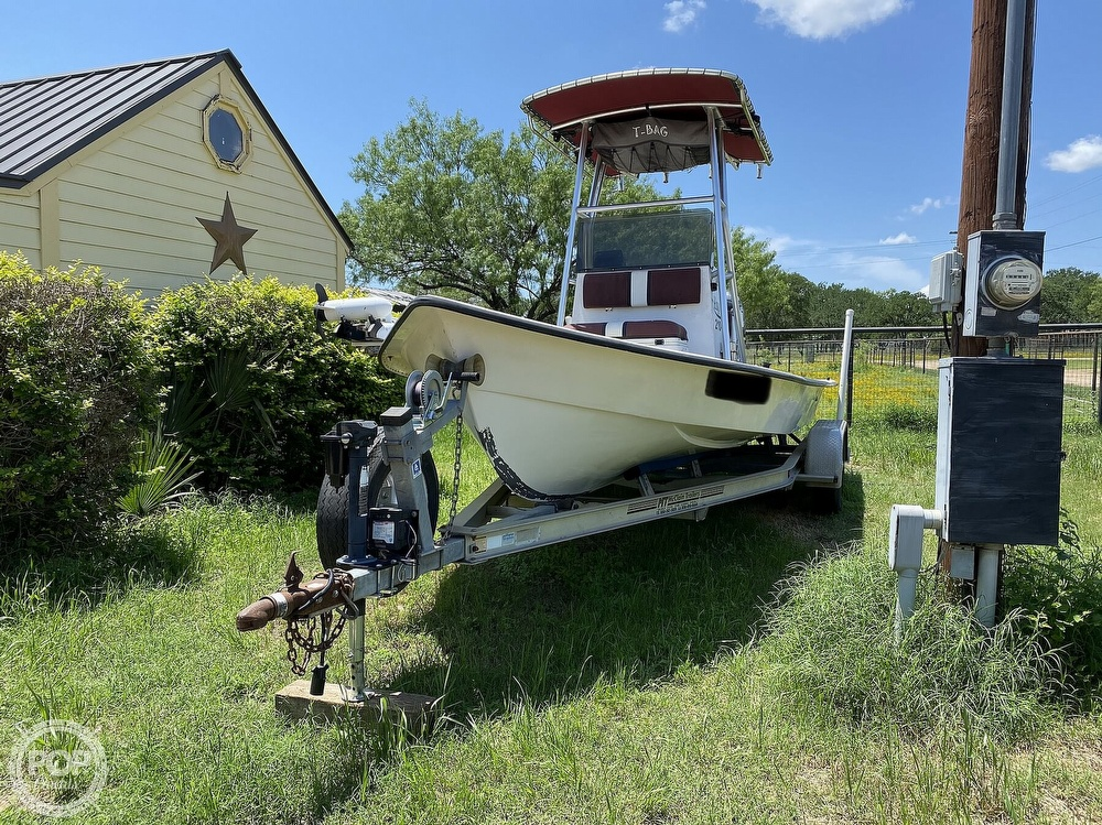 2005 Explorer boat for sale, model of the boat is 210 Tunnel Vee & Image # 7 of 40
