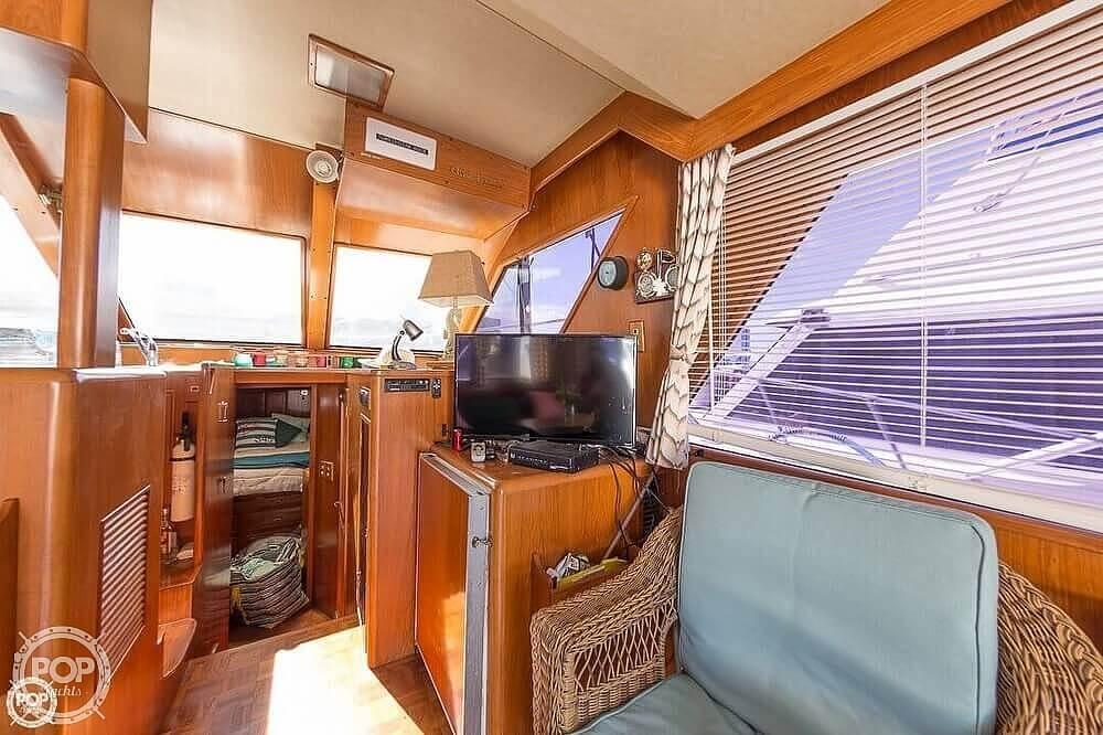 1987 Ocean Alexander boat for sale, model of the boat is 42 Sedan Bridge & Image # 4 of 40