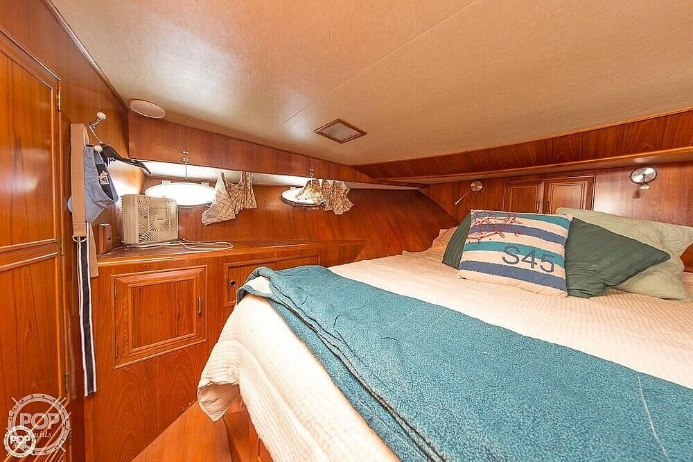 1987 Ocean Alexander boat for sale, model of the boat is 42 Sedan Bridge & Image # 10 of 40