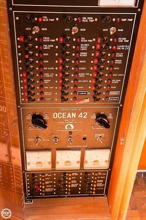 1987 Ocean Alexander boat for sale, model of the boat is 42 Sedan Bridge & Image # 35 of 40