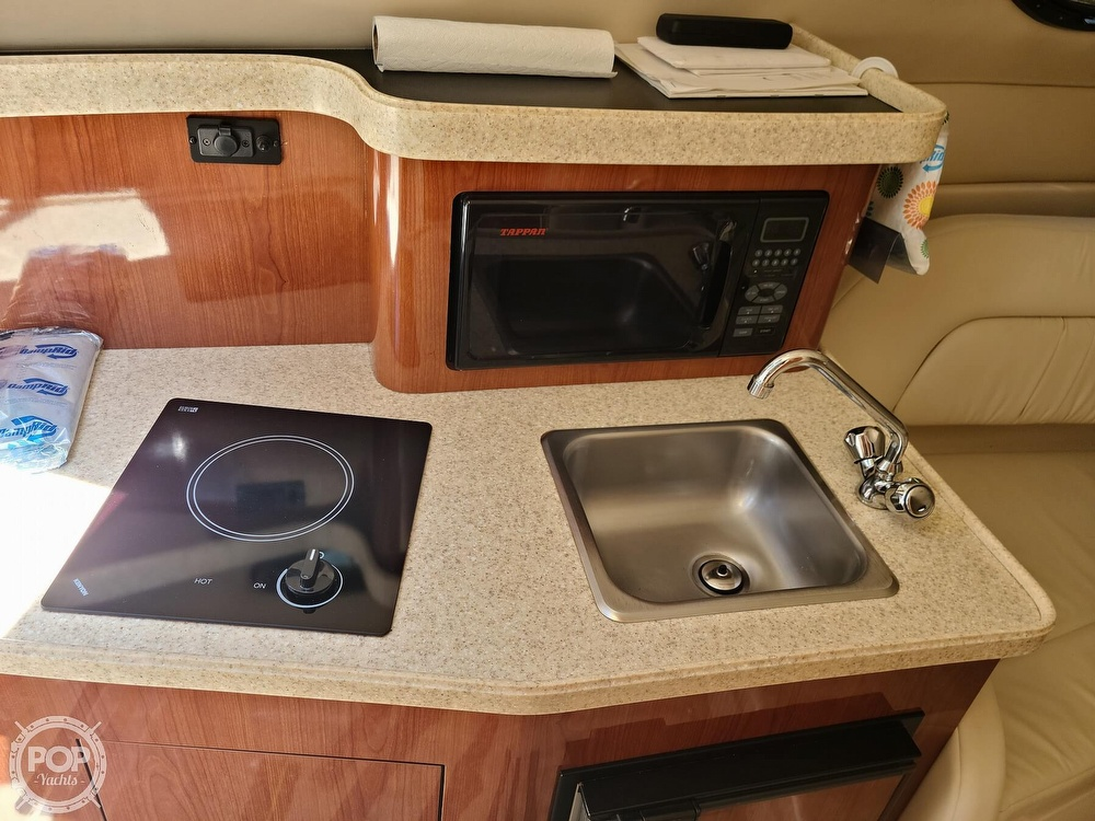 2005 Regal boat for sale, model of the boat is Commodore 2665 & Image # 11 of 40