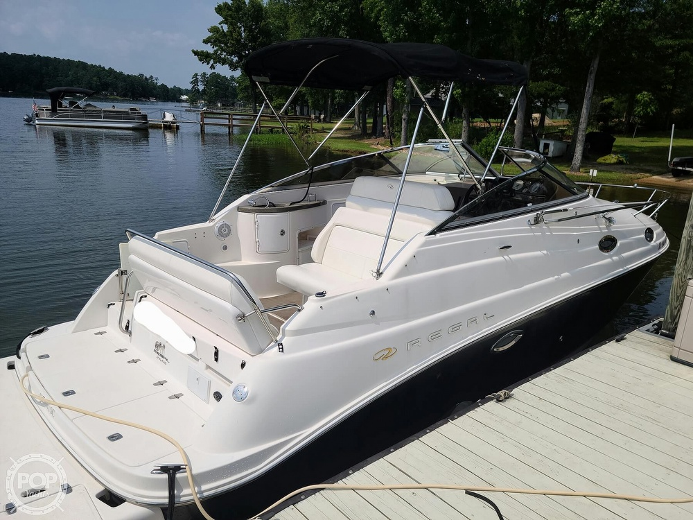 2005 Regal boat for sale, model of the boat is Commodore 2665 & Image # 3 of 40