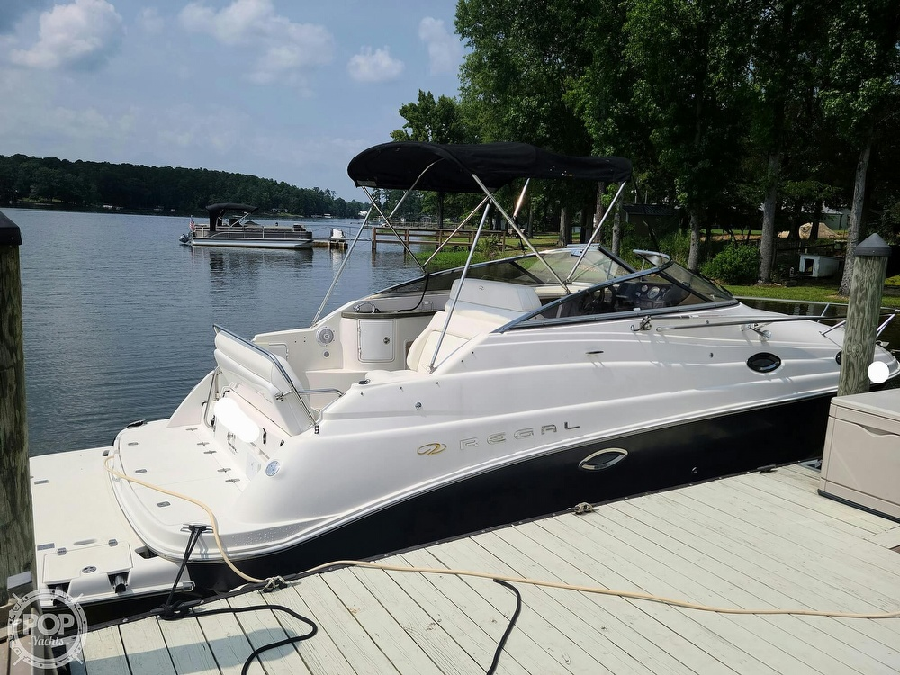 2005 Regal boat for sale, model of the boat is Commodore 2665 & Image # 6 of 40