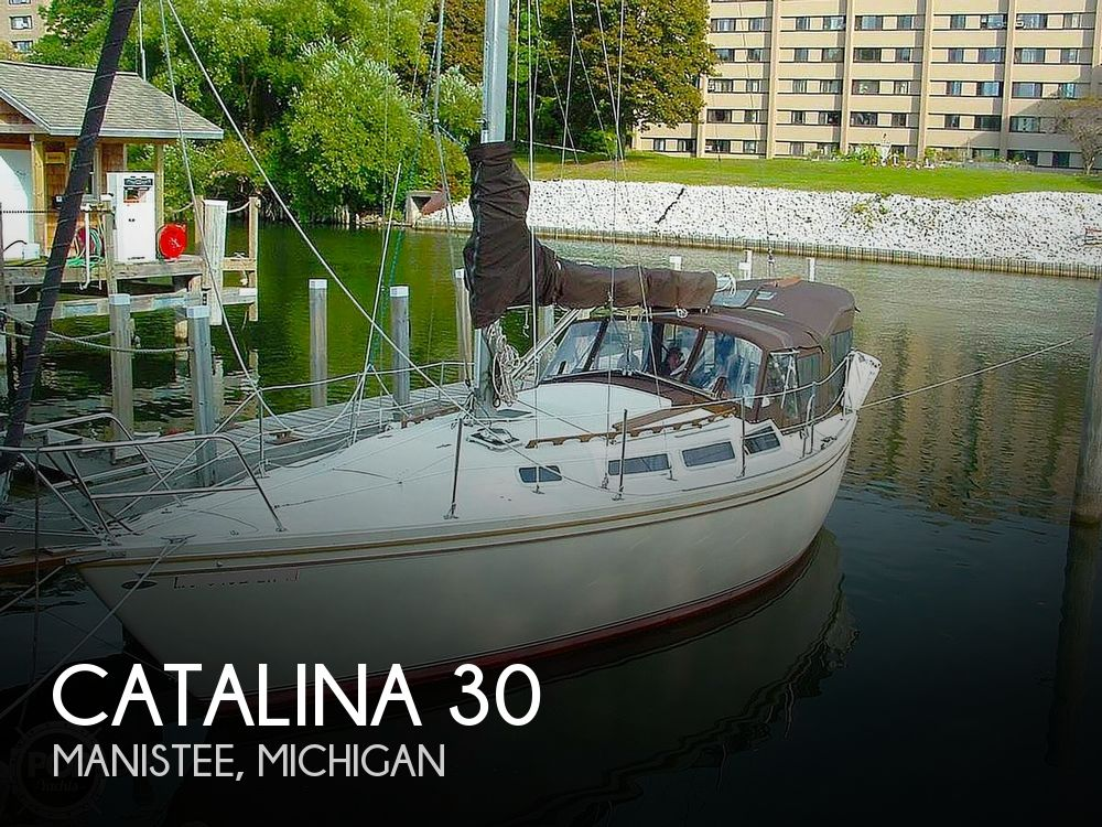 1982 Catalina Yachts boat for sale, model of the boat is 30 & Image # 1 of 15