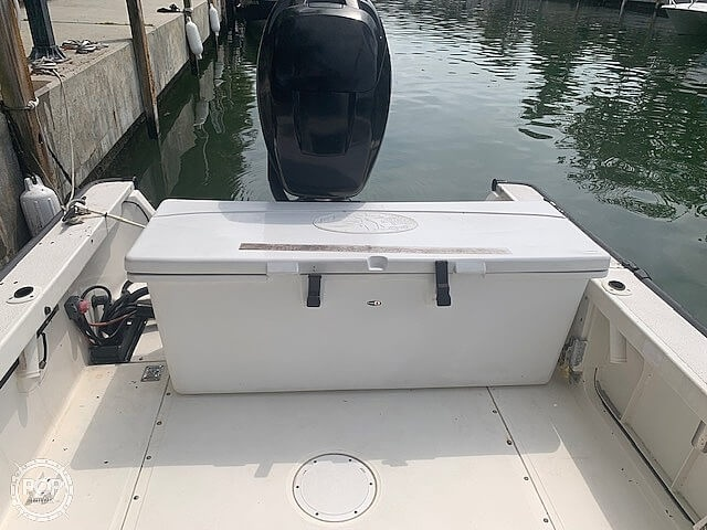 2007 Boston Whaler boat for sale, model of the boat is Guardian 22 & Image # 11 of 40