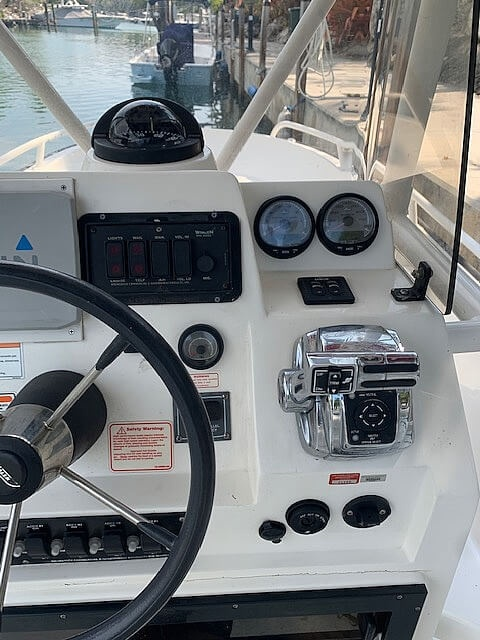 2007 Boston Whaler boat for sale, model of the boat is Guardian 22 & Image # 26 of 40