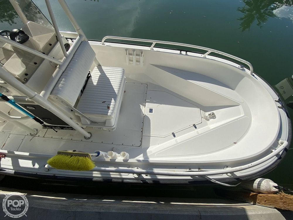 2007 Boston Whaler boat for sale, model of the boat is Guardian 22 & Image # 5 of 40