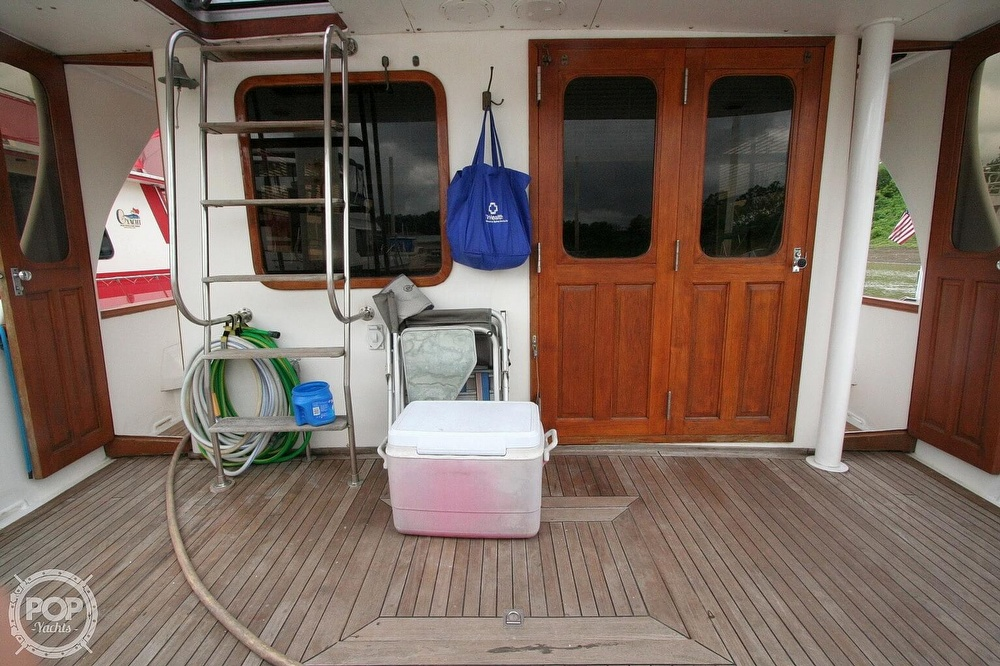 1984 Defever boat for sale, model of the boat is 49 Pilothouse & Image # 13 of 40