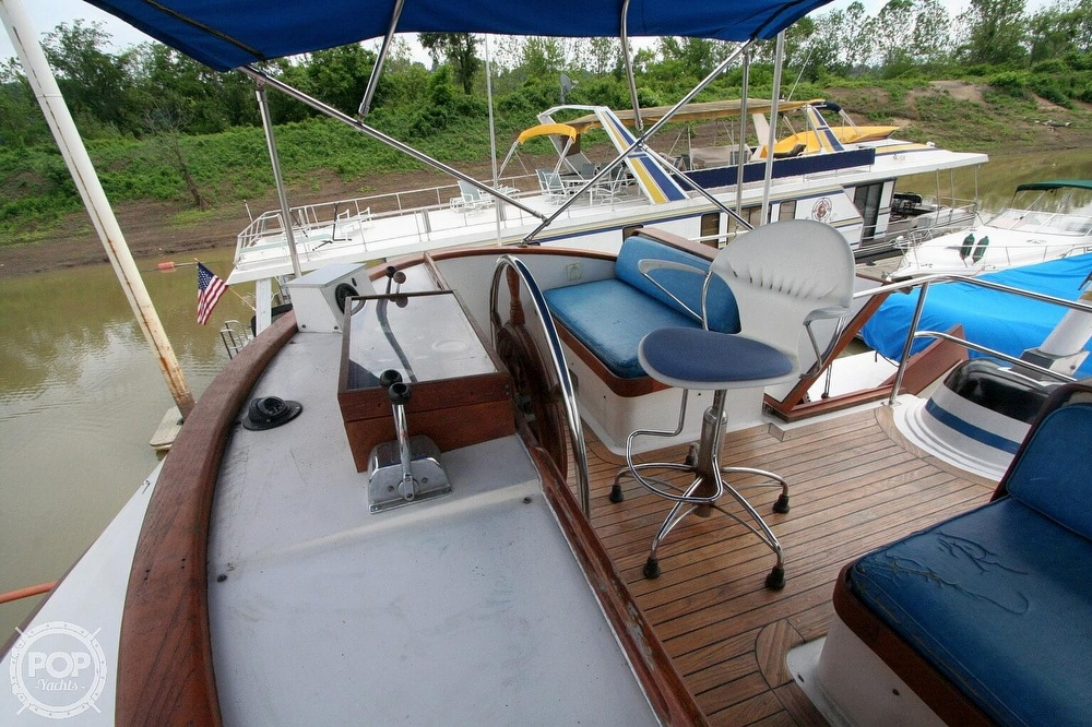 1984 Defever boat for sale, model of the boat is 49 Pilothouse & Image # 36 of 40