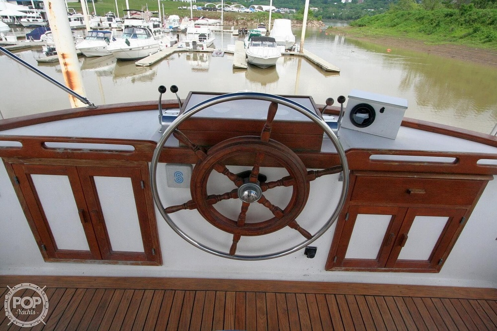 1984 Defever boat for sale, model of the boat is 49 Pilothouse & Image # 38 of 40