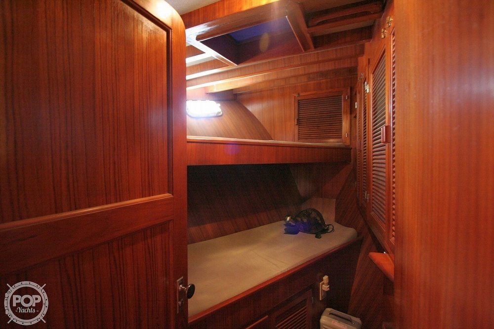 1984 Defever boat for sale, model of the boat is 49 Pilothouse & Image # 9 of 40