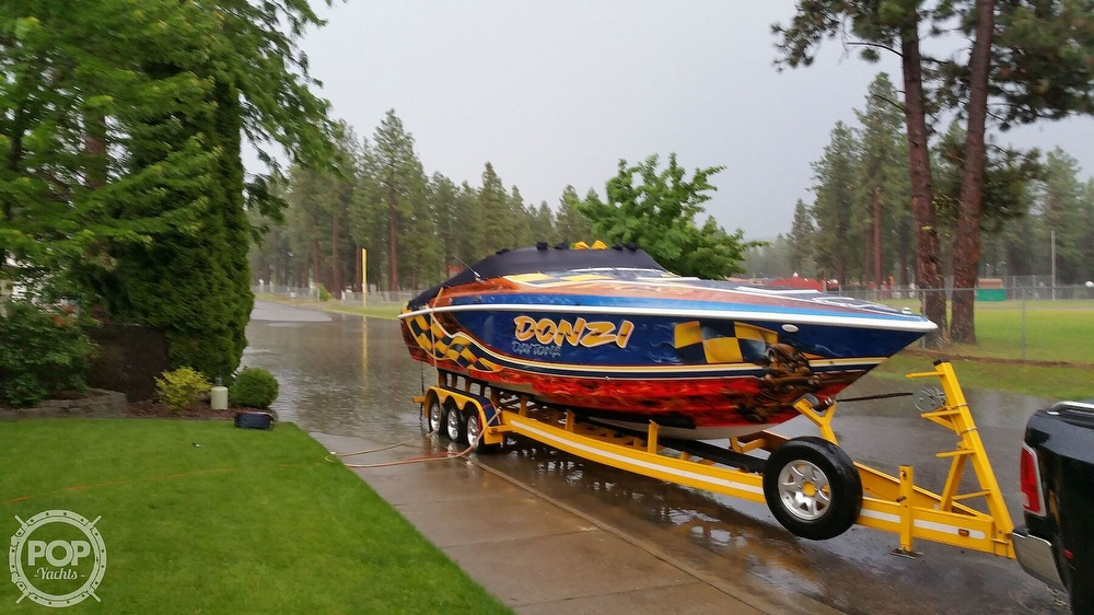 2001 Donzi boat for sale, model of the boat is Daytona 33 & Image # 8 of 15