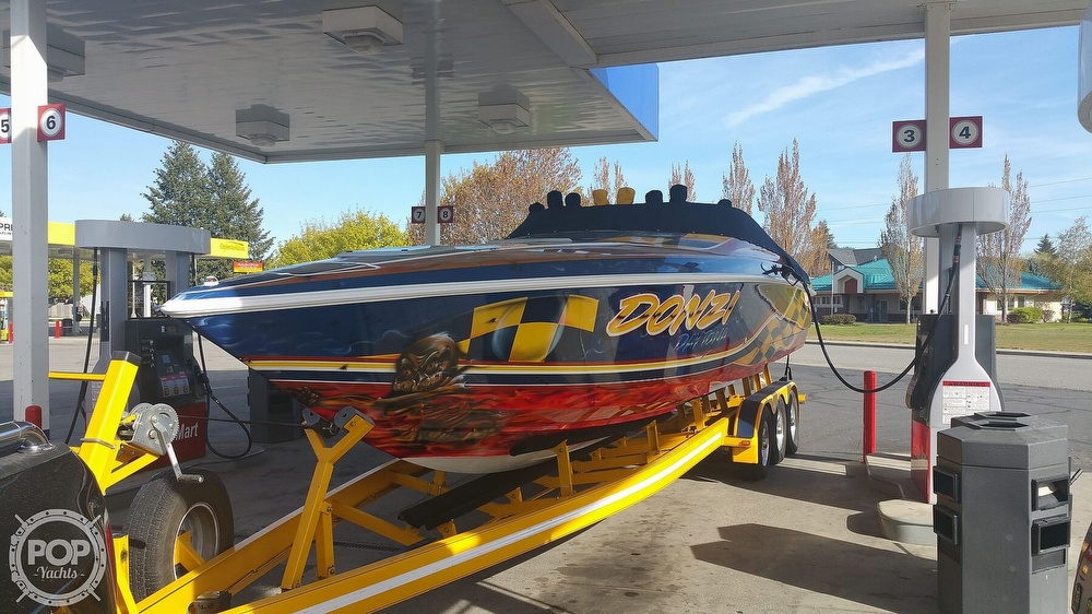2001 Donzi boat for sale, model of the boat is Daytona 33 & Image # 12 of 15