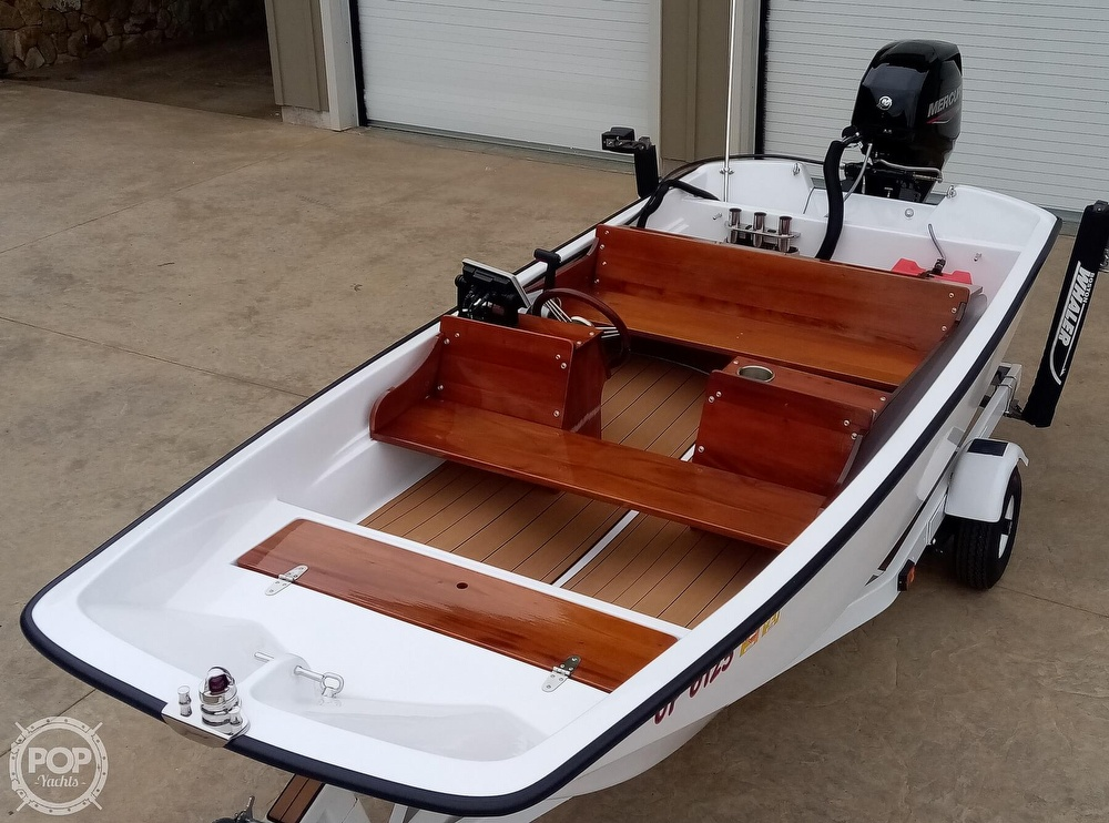 1964 Boston Whaler boat for sale, model of the boat is 13 Classic & Image # 2 of 40