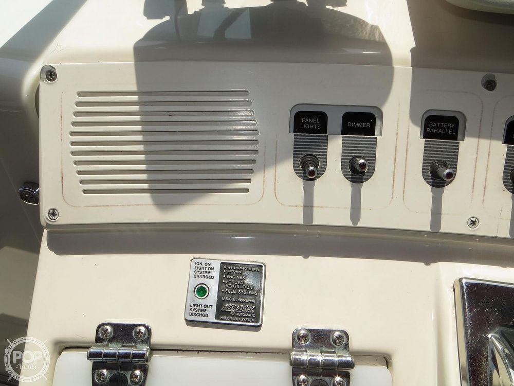 1990 Wellcraft boat for sale, model of the boat is 4300 Portofino & Image # 38 of 40