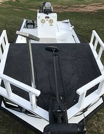 2014 Lowe boat for sale, model of the boat is 2070 Roughneck & Image # 3 of 40