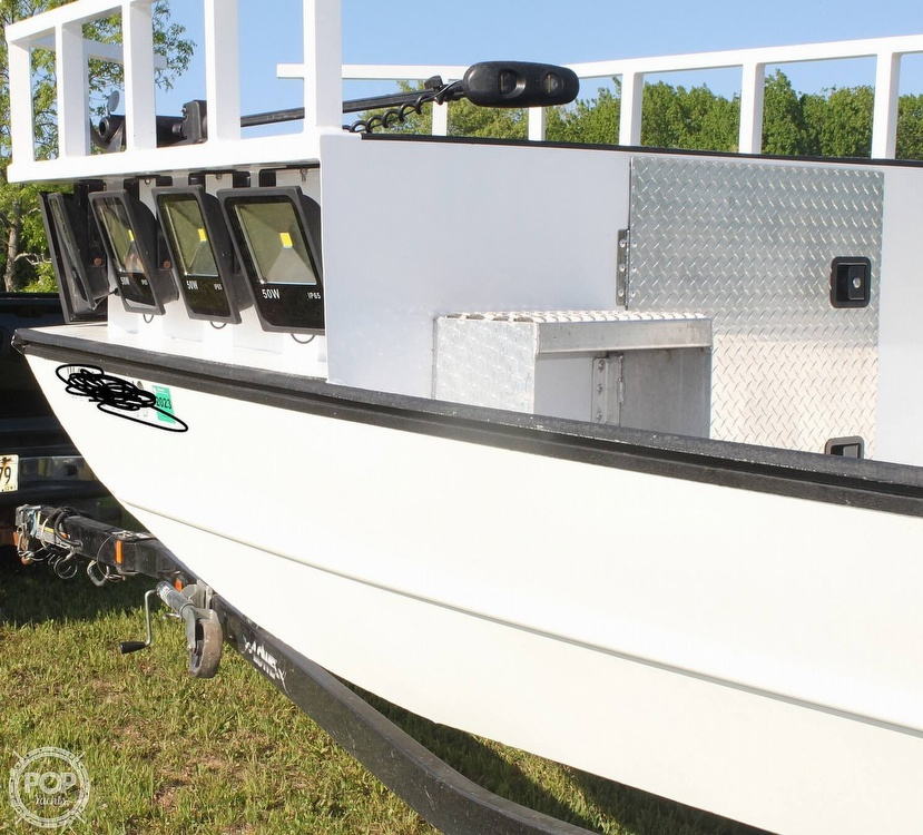 2014 Lowe boat for sale, model of the boat is 2070 Roughneck & Image # 8 of 40