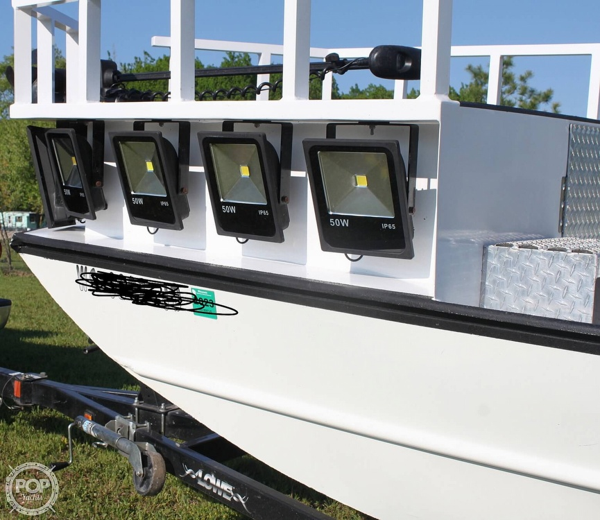 2014 Lowe boat for sale, model of the boat is 2070 Roughneck & Image # 9 of 40