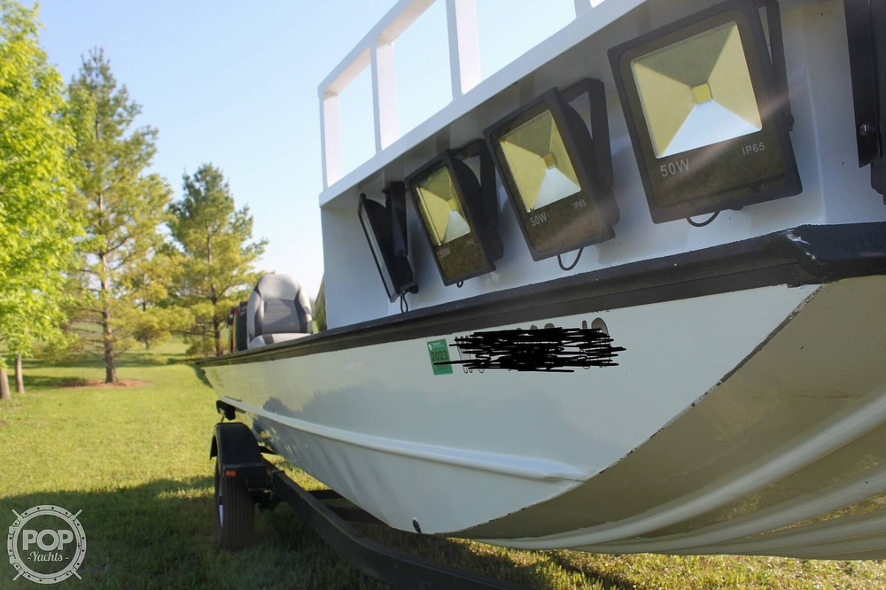2014 Lowe boat for sale, model of the boat is 2070 Roughneck & Image # 15 of 40