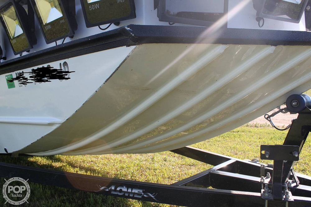 2014 Lowe boat for sale, model of the boat is 2070 Roughneck & Image # 16 of 40