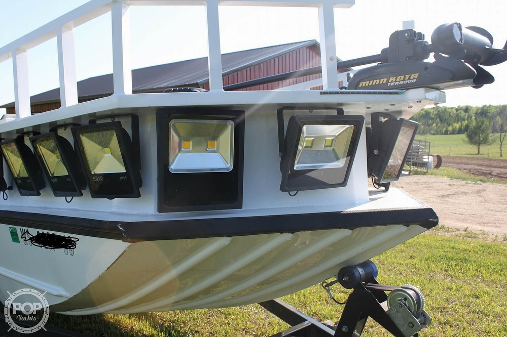 2014 Lowe boat for sale, model of the boat is 2070 Roughneck & Image # 17 of 40