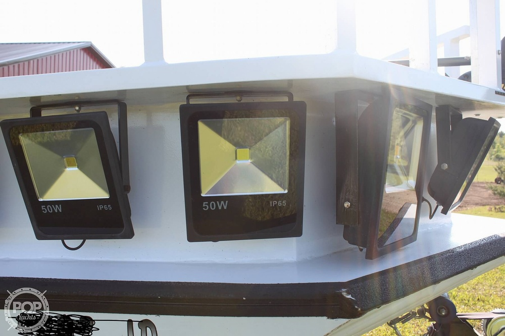 2014 Lowe boat for sale, model of the boat is 2070 Roughneck & Image # 18 of 40