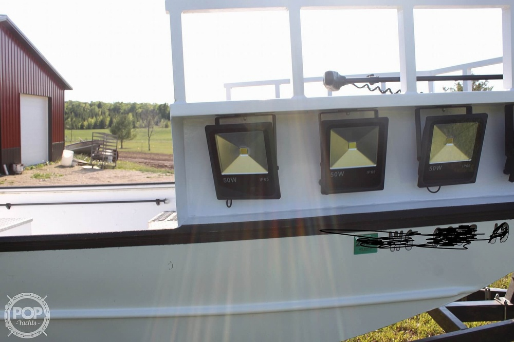 2014 Lowe boat for sale, model of the boat is 2070 Roughneck & Image # 20 of 40