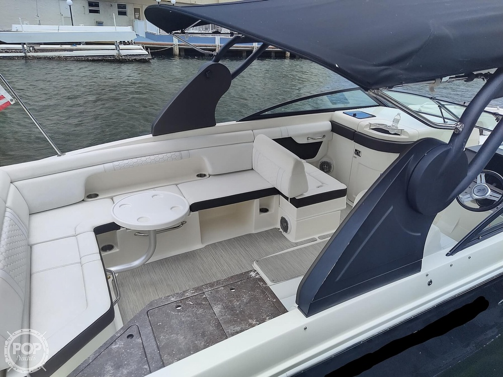 2018 Sea Ray boat for sale, model of the boat is 290 SDX & Image # 21 of 40