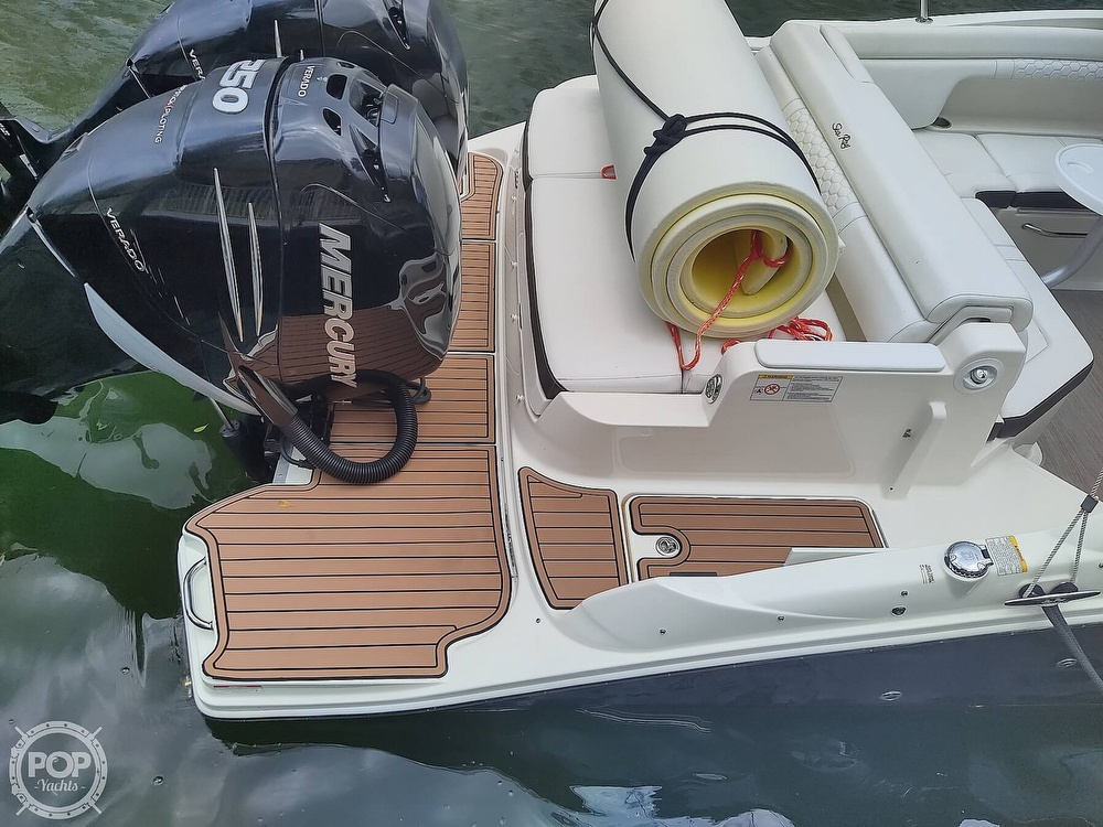 2018 Sea Ray boat for sale, model of the boat is 290 SDX & Image # 23 of 40