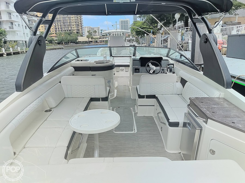 2018 Sea Ray boat for sale, model of the boat is 290 SDX & Image # 26 of 40