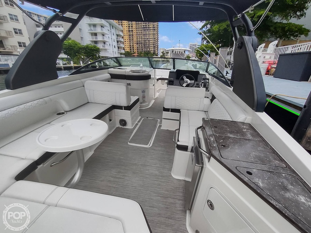 2018 Sea Ray boat for sale, model of the boat is 290 SDX & Image # 28 of 40