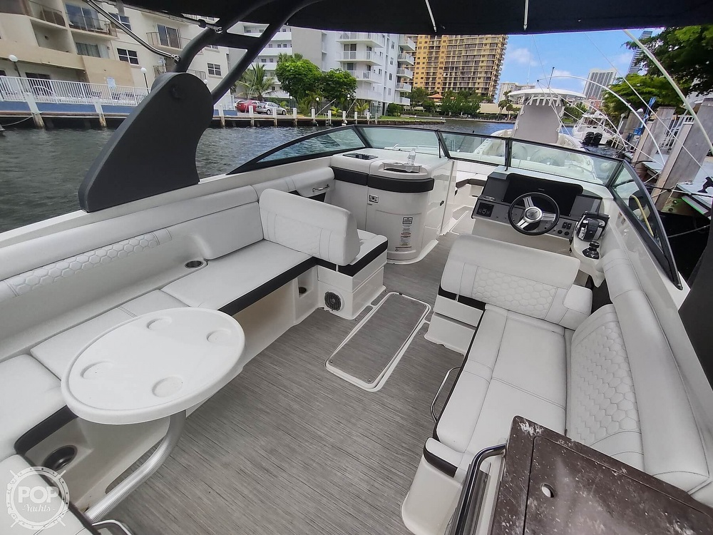 2018 Sea Ray boat for sale, model of the boat is 290 SDX & Image # 29 of 40