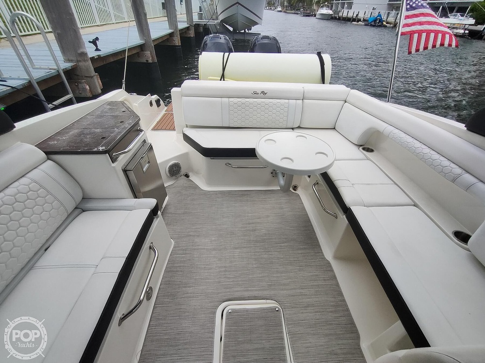 2018 Sea Ray boat for sale, model of the boat is 290 SDX & Image # 31 of 40