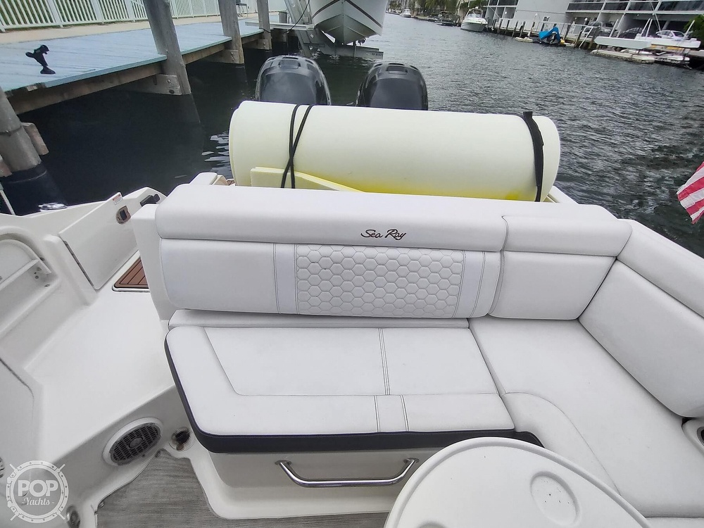 2018 Sea Ray boat for sale, model of the boat is 290 SDX & Image # 32 of 40