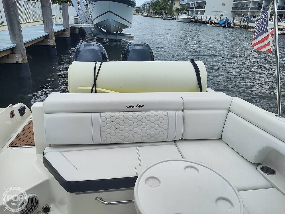 2018 Sea Ray boat for sale, model of the boat is 290 SDX & Image # 33 of 40