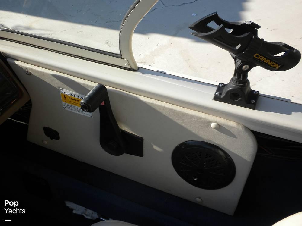 1999 Crestliner boat for sale, model of the boat is Superhawk 1600 & Image # 31 of 40