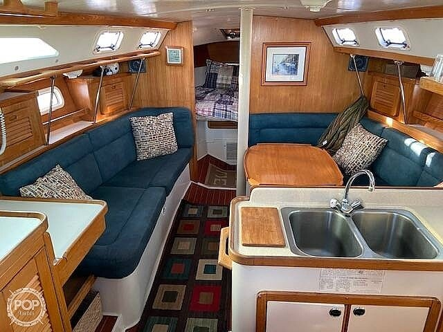 1998 Catalina Yachts boat for sale, model of the boat is 34 MKII & Image # 5 of 40