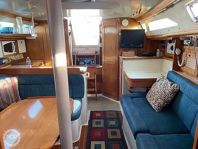 1998 Catalina Yachts boat for sale, model of the boat is 34 MKII & Image # 6 of 40