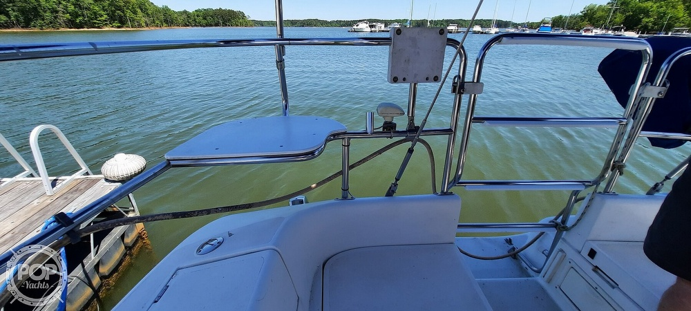 1998 Catalina Yachts boat for sale, model of the boat is 34 MKII & Image # 12 of 40