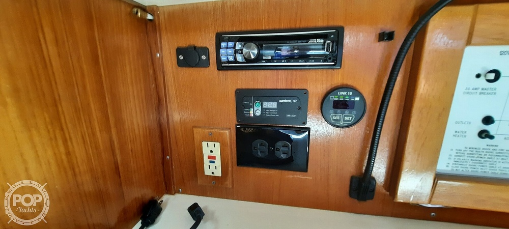 1998 Catalina Yachts boat for sale, model of the boat is 34 MKII & Image # 20 of 40