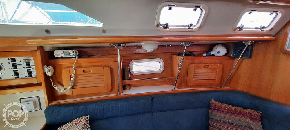 1998 Catalina Yachts boat for sale, model of the boat is 34 MKII & Image # 32 of 40