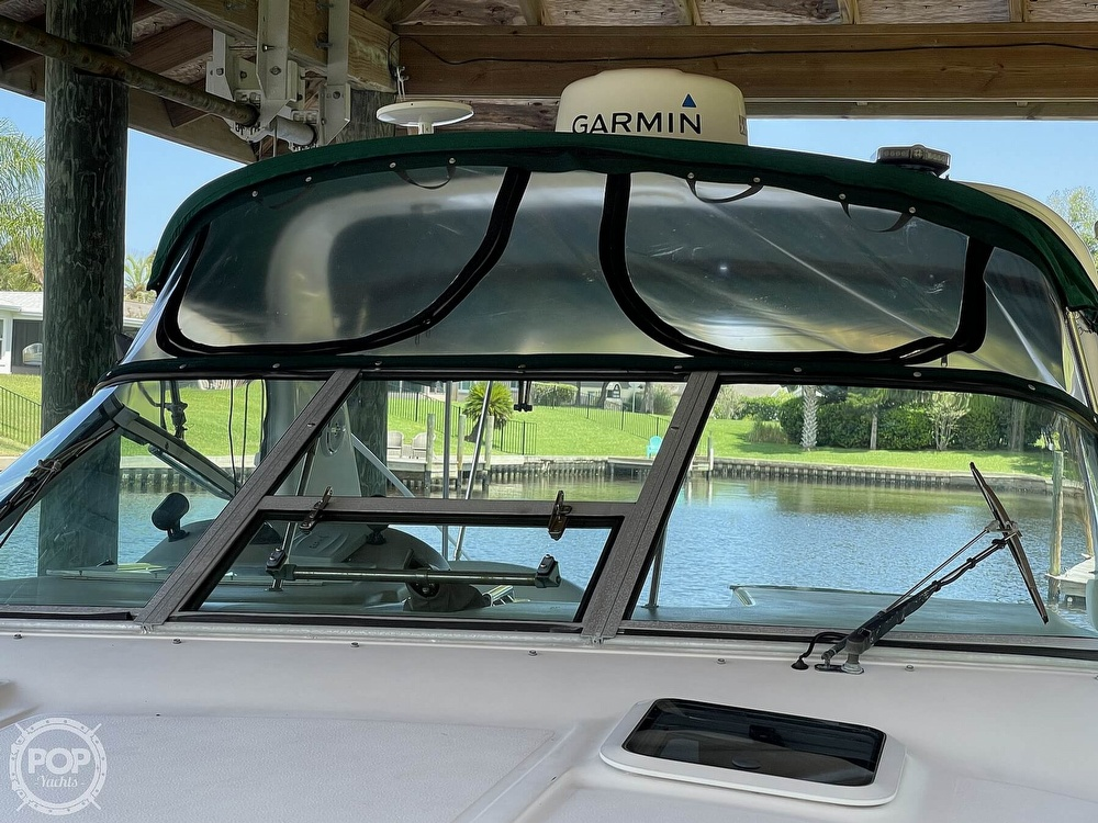1999 Sea Ray boat for sale, model of the boat is 290 Sundancer & Image # 31 of 40