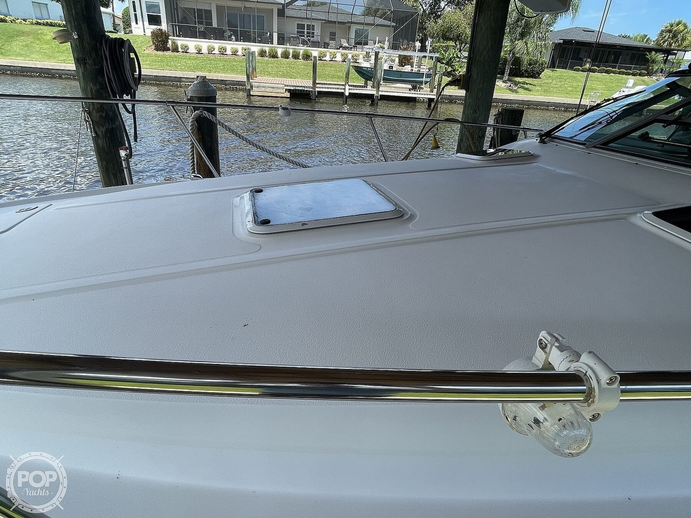 1999 Sea Ray boat for sale, model of the boat is 290 Sundancer & Image # 39 of 40
