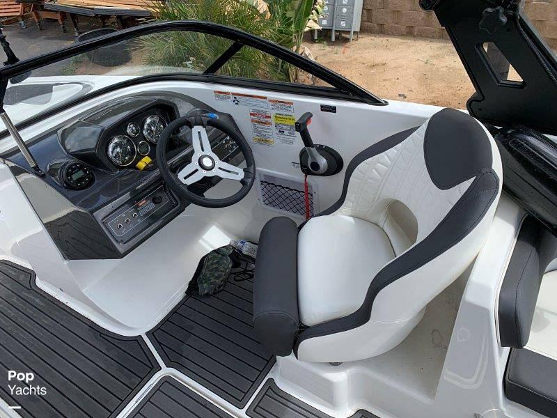 2021 Bayliner boat for sale, model of the boat is VR6 & Image # 35 of 40