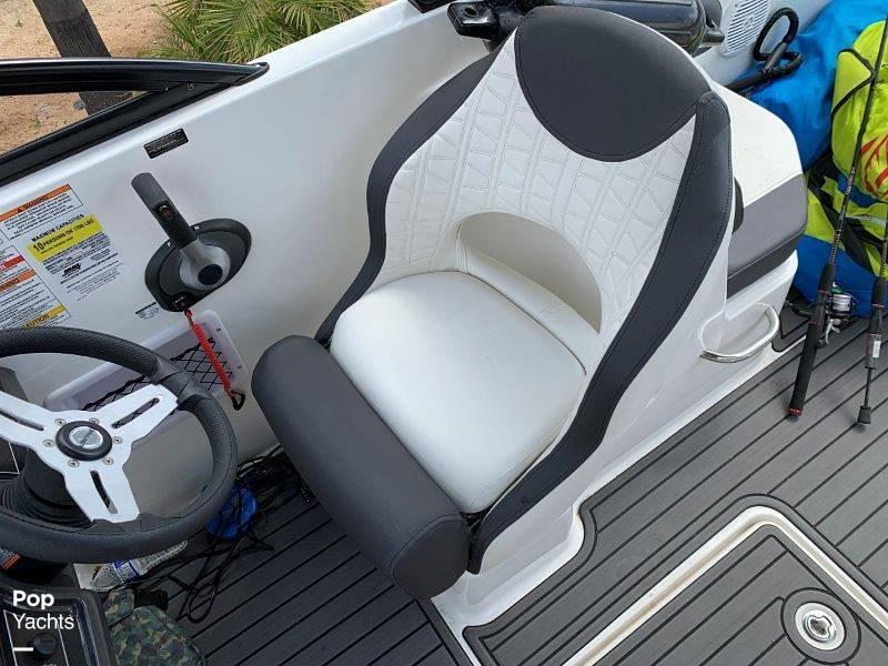 2021 Bayliner boat for sale, model of the boat is VR6 & Image # 36 of 40