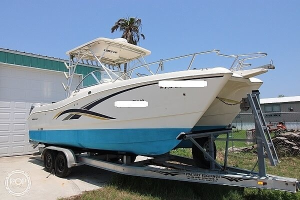 2006 World Cat boat for sale, model of the boat is 250 DC & Image # 2 of 33