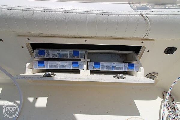 2006 World Cat boat for sale, model of the boat is 250 DC & Image # 15 of 33